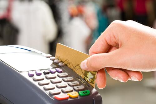 manage-credit-card-use.jpg