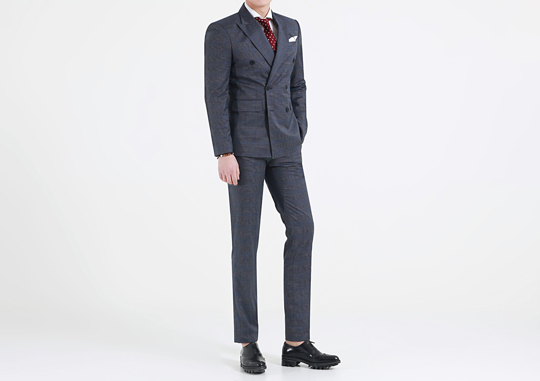 Slim Fit Suits VS Classic Fit Suits | Know All The Differences