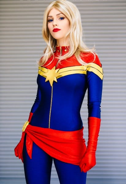 captain-marvel-cosplay