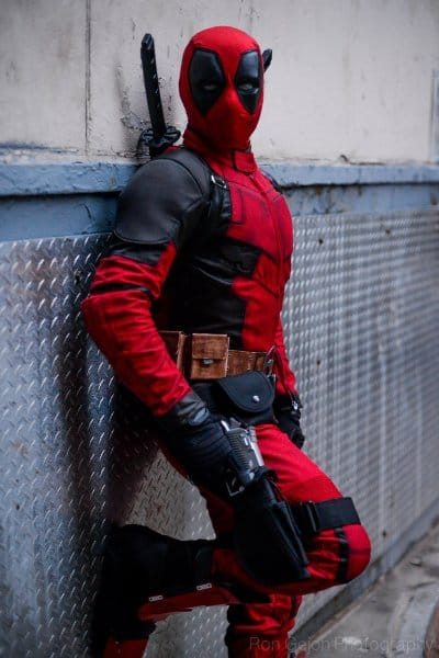Superhero halloween costumes 10 ideas for comic fans deadpool cosplay solutioingenieria Choice Image