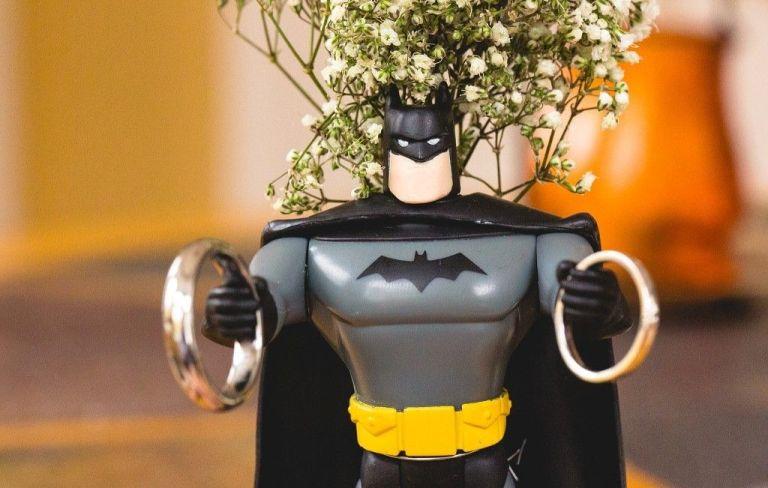batman wedding ring show heroic and devotion