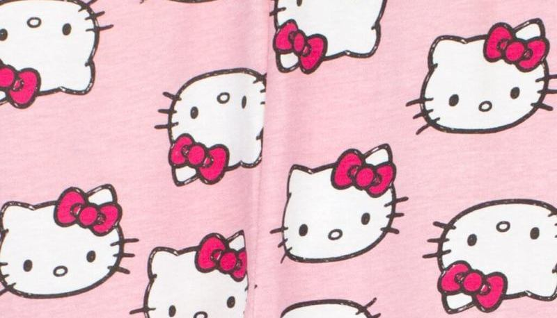 5f4e8dd78 Adorable Hello Kitty Pajamas For The Fashionista