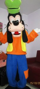 Goofy Costume Guide Be Funny Geeky And Silly