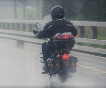 riding bike in bad weather