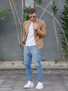 jacket white crew neck t shirt light blue jeans large