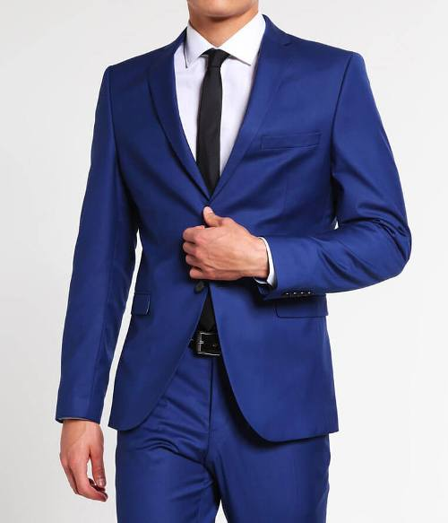 blue-peak-lapel-suit.jpg