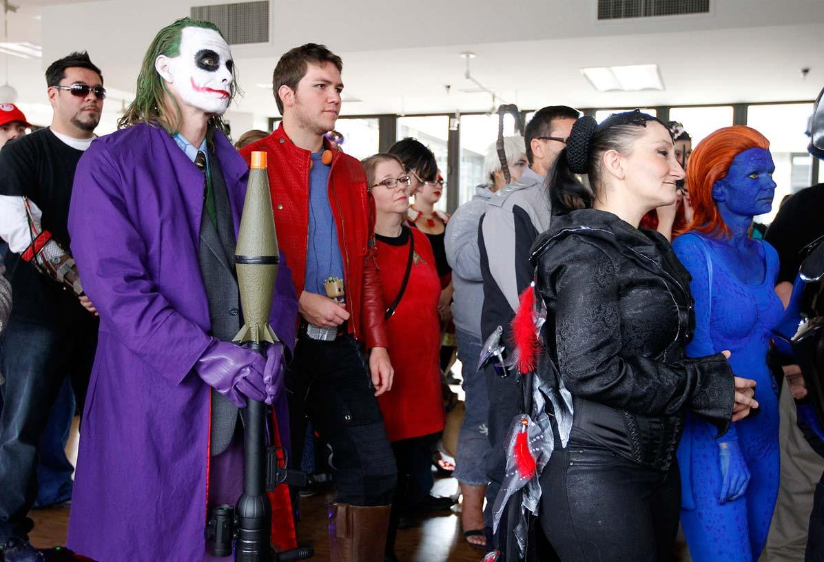 comic-con-costume.jpg