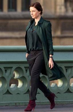rebecca-ferguson-trench-coat.jpg