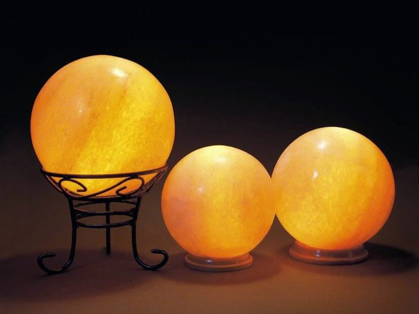 round-shape-salt-lamp.jpg