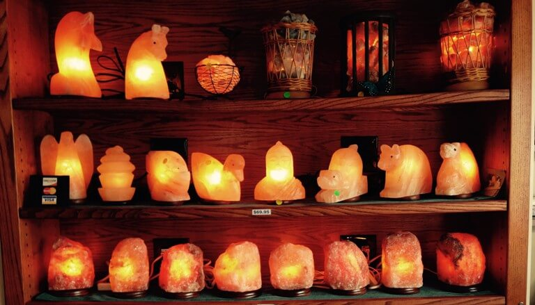 salt-lamp-showcase.jpg